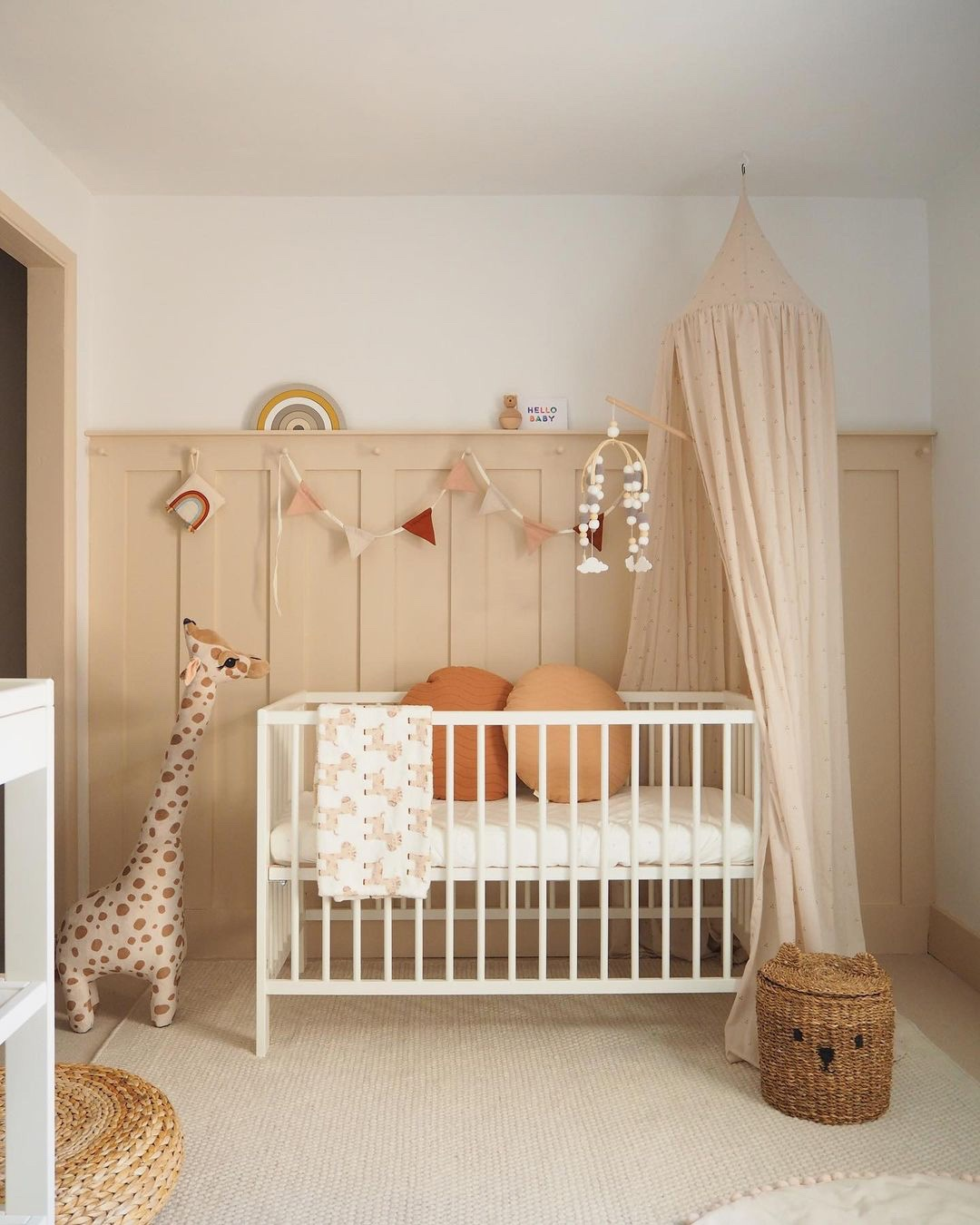 Make a creative decor with a pillow for your nursery decoration